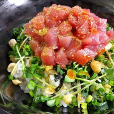 写真:マグロ丼の簡単レシピ